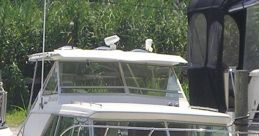 27Ft Cabin Cruiser (50 Hp. Diesel) Soundboard